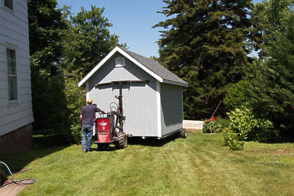 Amish storage shed delivery can be done quickly with the help of one person
